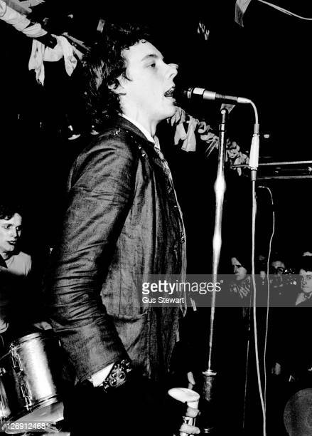 Smith of punk band The Adverts, performs on stage as support to The Jam at The Roxy, London, England, on 15th March 1977.