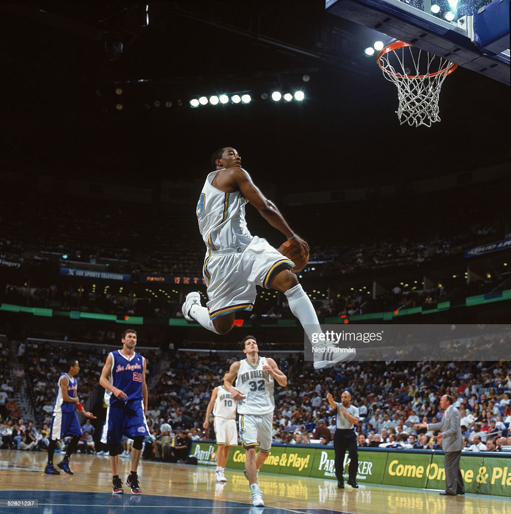Los Angeles Clippers v New Orleans Hornets : News Photo