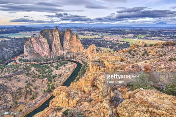 smith rock state park,oregon,usa - smith rock state park stock pictures, royalty-free photos & images