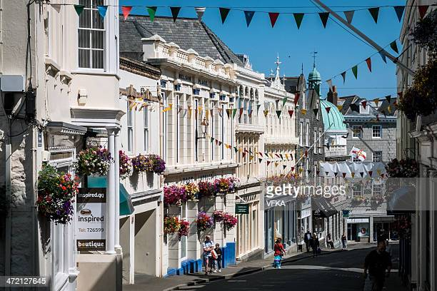 smith street, st peter port, isola di guernsey - isola di guernsey foto e immagini stock