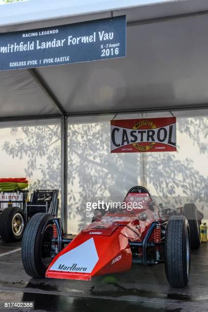 coche de carreras de smithfield landar fórmula v - marlboro fotografías e imágenes de stock