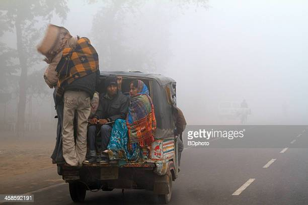 smoggy conditions in india - smog stock pictures, royalty-free photos & images