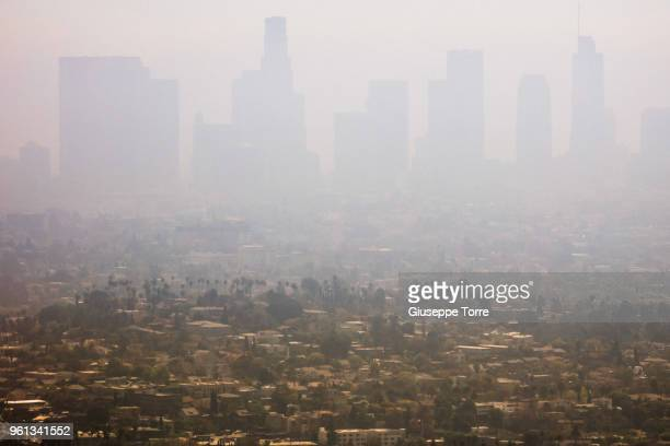 smoggy la - smog stock pictures, royalty-free photos & images