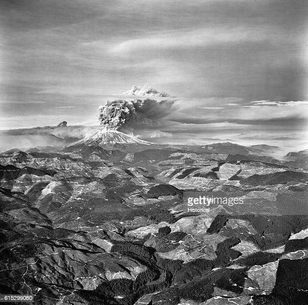 Smoke and ash pour from Mount Saint Helens during the devastating eruption on May 18 in Washington state | Location Washington USA