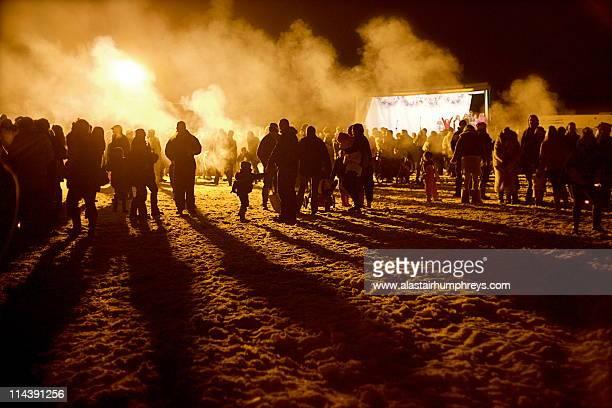 smoke and shadows - holzfeuer stock-fotos und bilder