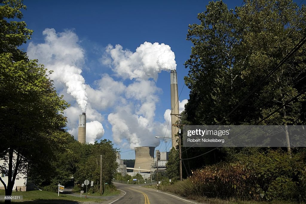 The Effects of the Bruce Mansfield Power Plant : News Photo