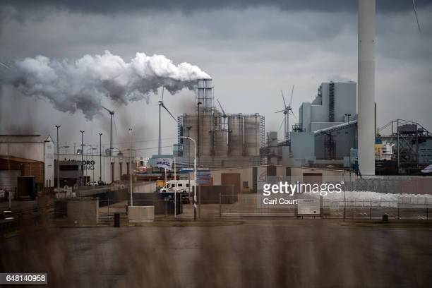 Smoke billows from a factory on February 23 2017 in Eemshaven Netherlands The Dutch will vote in parliamentary elections on March 15 in a contest...