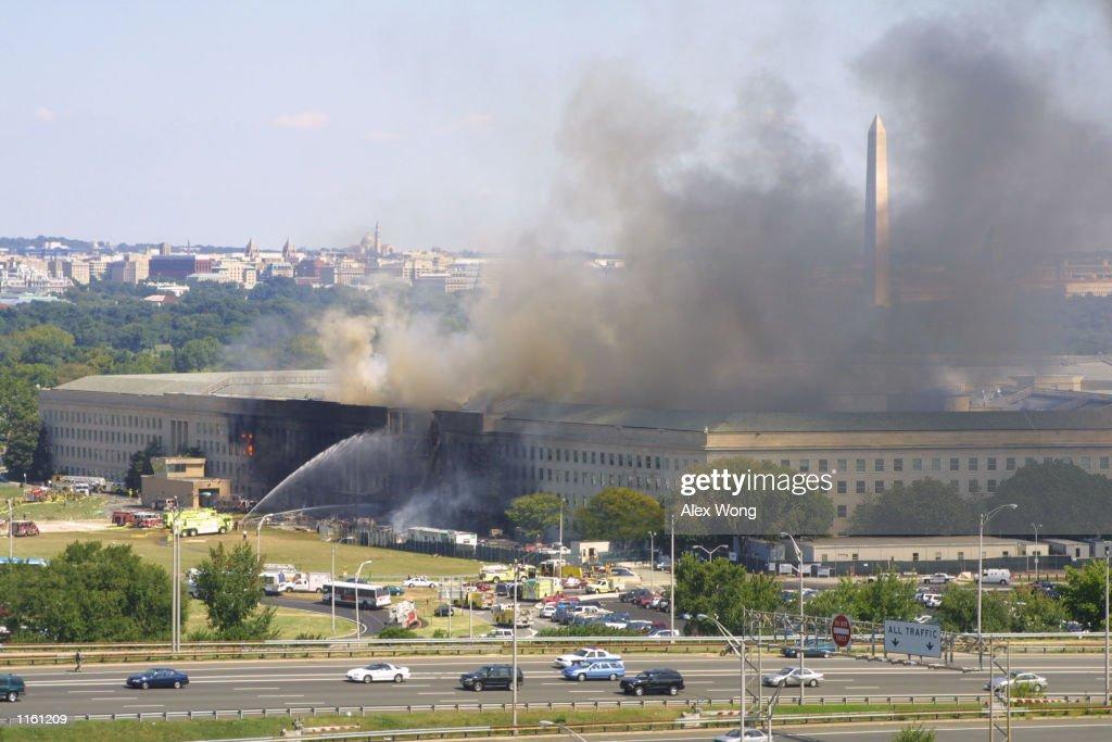 A plane crashed into the Pentagon : News Photo