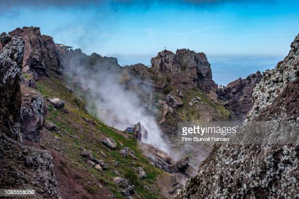 smoke coming out of the volcanic crater of mont vesuvius in naples italy - finn bjurvoll ストックフォトと画像