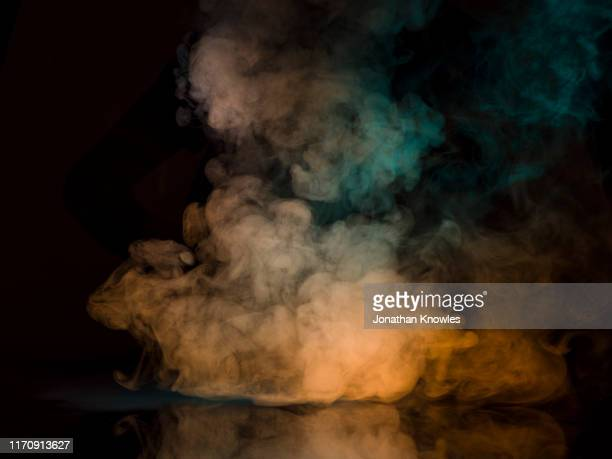 smoke - smoke physical structure stock pictures, royalty-free photos & images