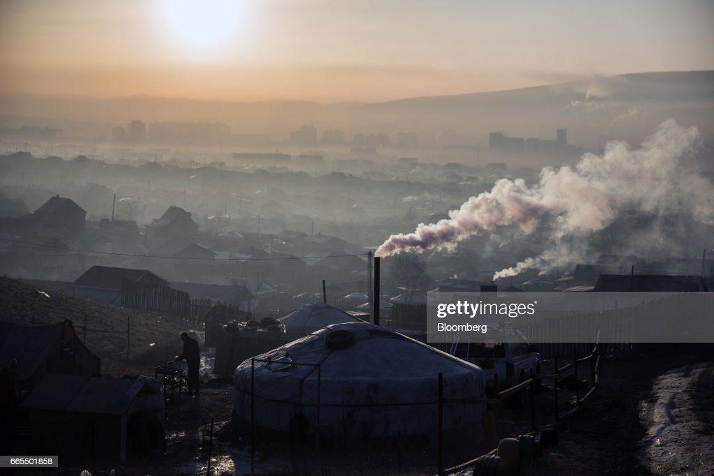 Air Pollution In The Mongolian Capital's Ger Districts : News Photo