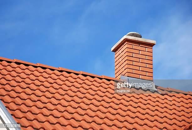Schornstein und Dach