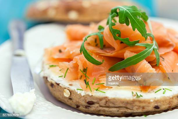 Las rosquillas de salmón ahumado