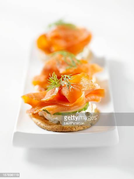 Canapés au saumon fumé à la crème de fromage