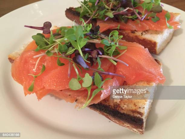 smoked salmon on toasted baguette