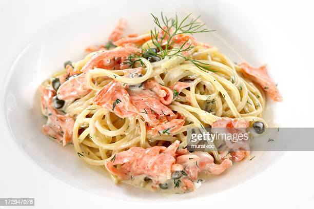 Räucherlachs-spaghetti