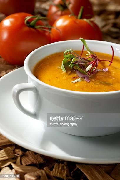スモークしたトマトスープのビスク