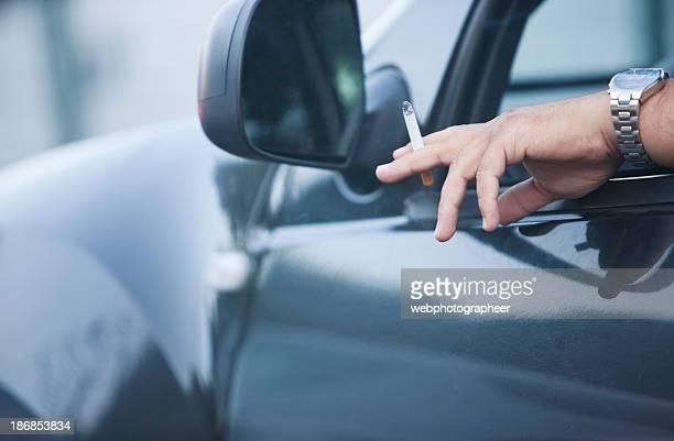 En automóvil, para fumadores