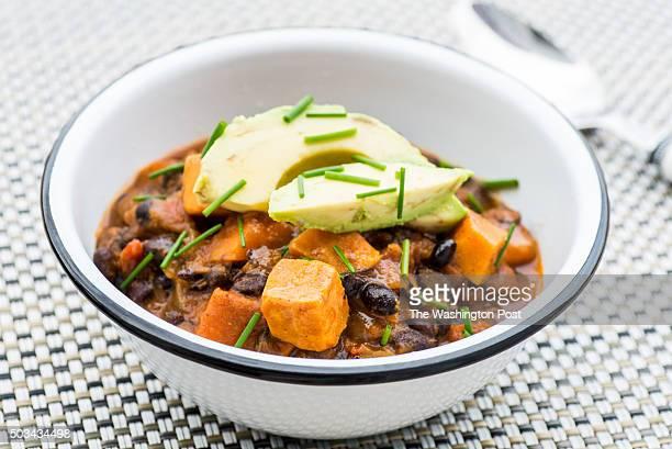 Smoky Black Bean and Sweet Potato Chili for 1/13 Weeknight Vegetarian Tableware from Salt Sundry