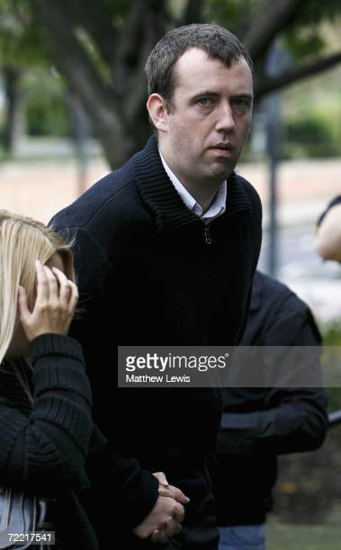 Smooker player Mark Williams attends the funeral of Paul Hunter at Leeds Parish Church on October 19 2006 in Leeds England The threetime Masters...