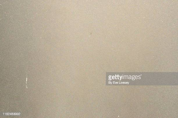 smooth beige wall texture - beige background stock pictures, royalty-free photos & images
