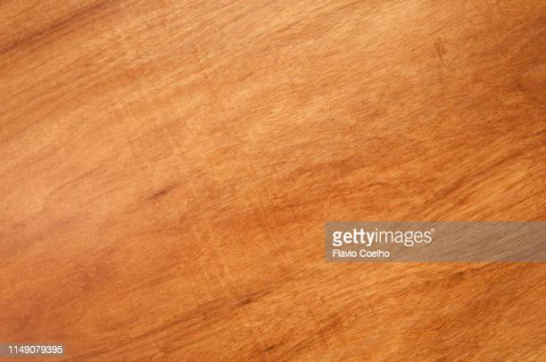 smooth surface of wooden table - tafel stockfoto's en -beelden