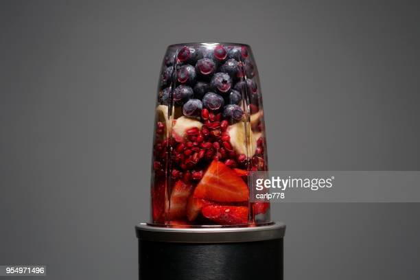 smoothie fruit drink - detox stock pictures, royalty-free photos & images