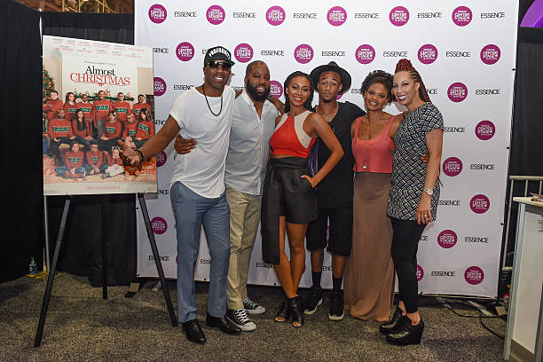 Almost Christmas Jessie Usher.Photos Et Images De Almost Christmas Cast Members Kimberly