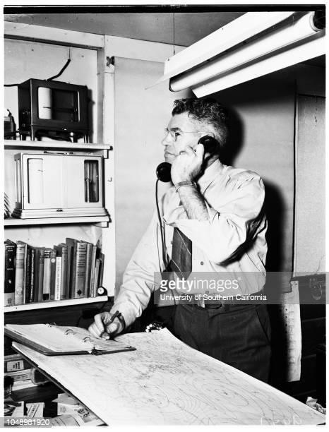 Smudging in Citrus Belt Area 04 January 1952 John MirelesJD MullenderFloyd D YoungClaude A ColeCaption slip reads 'Photographer McCarty Date Reporter...