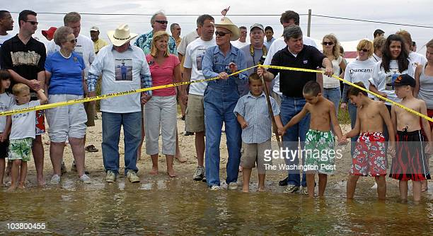 {SM/wadein} DATE {June} {11} {2006} CREDIT {Katherine Frey} / TWP {Broomes Island} {MD} Bernie Fowler in his signature white sneakers prepares to...
