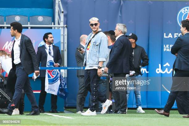 DJ Snake during the training session of Paris Saint Germain at Parc des Princes on May 16 2018 in Paris France