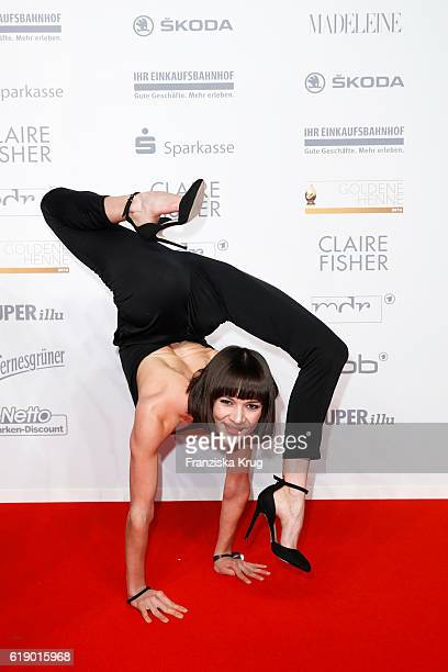 Snake woman Alina Ruppel attends the Goldene Henne on October 28 2016 in Leipzig Germany