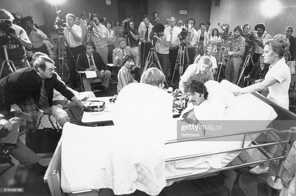 Snake Bite Victim Attorney Paul Morantz Is Surrounded By Members Of The Press During A