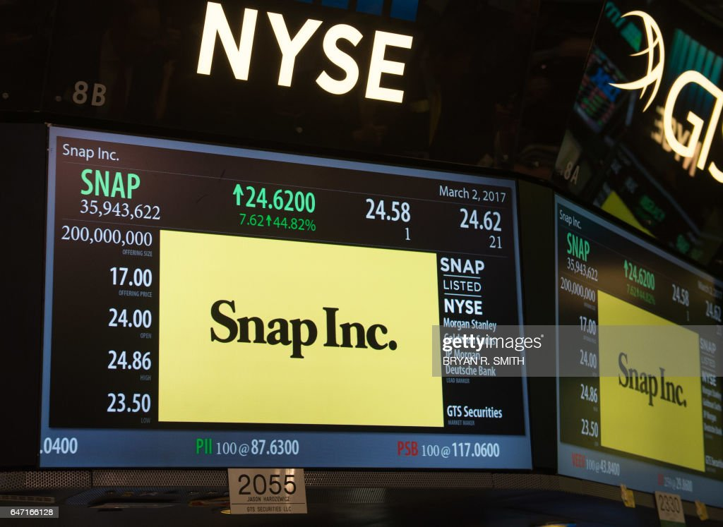 Snap Inc. IPO at the New York Stock Exchange, March 2, 2017 in New York. Snapchat surged in its debut trade Thursday, jumping more than 40 percent from the level set in the initial public offering Wednesday night. / AFP PHOTO / Bryan R. Smith