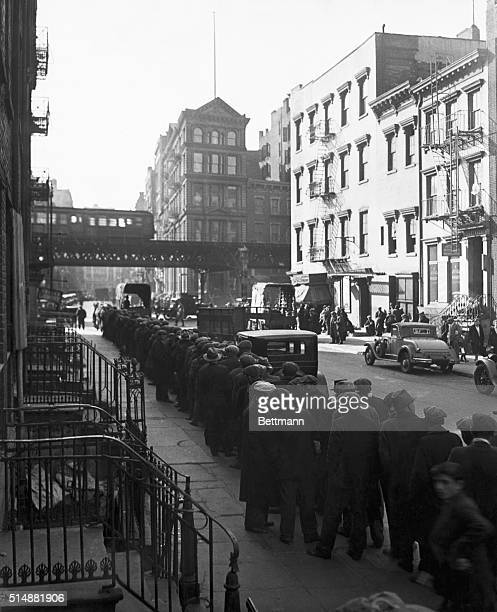 1930'sNew York NY Long bread line in the New York Bowery during the Depression