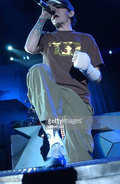 Sänger Chester Bennington anlässlich eines Konzertes in der Berliner Arena