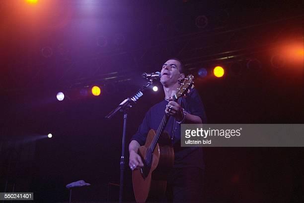 Sänger Justin Sullivan anlässlich des Mera Luna - Festivals in Hildesheim