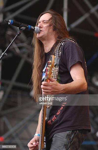 Sänger und Bassist Tom Angelripper während des With Full Force Festivals in Roitzschjora