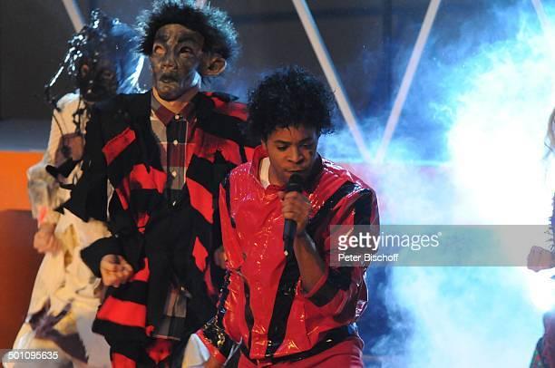 """Sänger und Tänzer m i c h a e l J a c k s o n-Musical """"Thriller Live"""", ZDF-Show Jahresrückblick """"Menschen 2009"""", """"Halle 9"""" Geiselgasteig, München,..."""