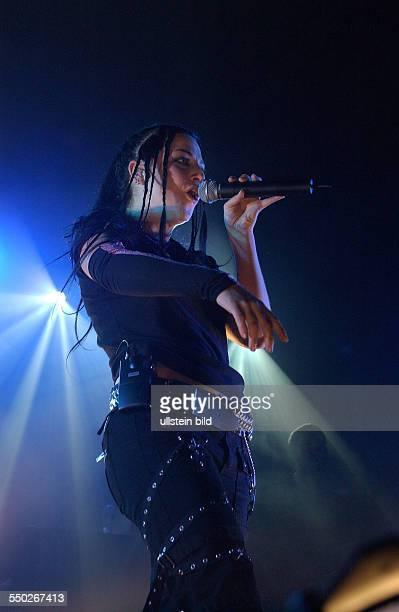 Sängerin Amy Lee anlässlich eines Konzertes in der Berliner Columbiahalle