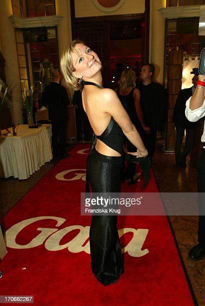 Sängerin Juliette Schoppmann Bei Der Gala Vip Lounge In München Am 080903