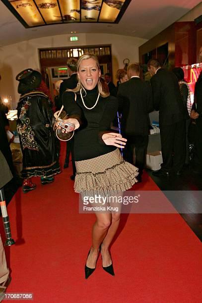 Sängerin Juliette Schoppmann Beim Tv Movie Medientreff In Der Flora In Köln Am 081004