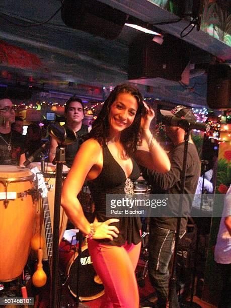 Sängerin und Tänzerin Nachtclub MangosCuba South Beach Miami Bundesstaat Florida USA Nordamerika Amerika Reise BB DIG PNr 1905/2009