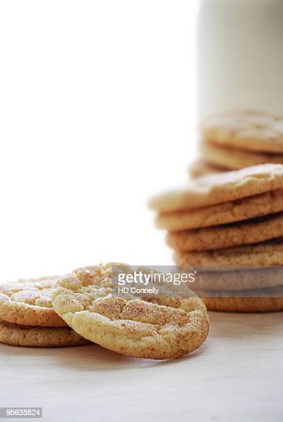 snickerdoodle cookies and milk - snickerdoodle stock pictures, royalty-free photos & images