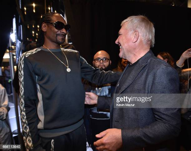 Snoop Dogg and Alex Lifeson of Rush attend 32nd Annual Rock Roll Hall Of Fame Induction Ceremony at Barclays Center on April 7 2017 in New York City...
