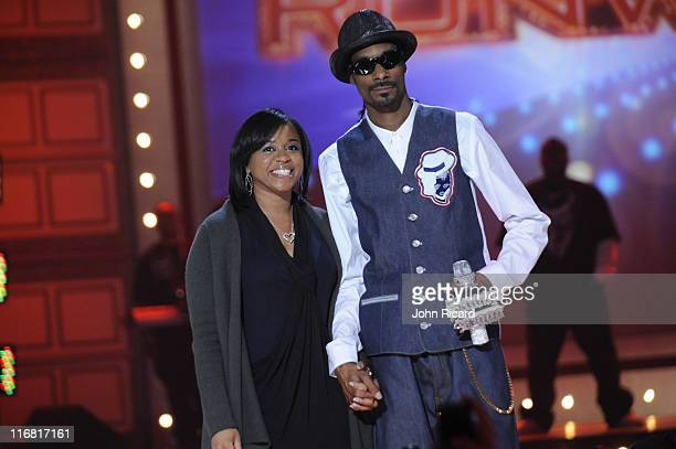 Snoop Dogg and wife Shante Broadus onstage at BET's Rip The Runway 2008 at Hammerstein Ballroom on February 21 2008