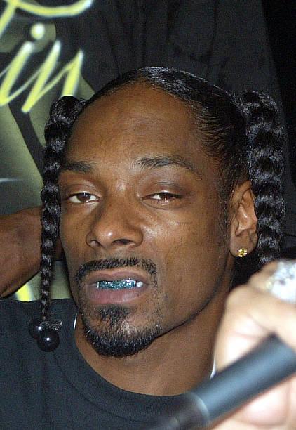 Snoop Dogg At The Residencial Torres De Sabana In Carolina Puerto Rico