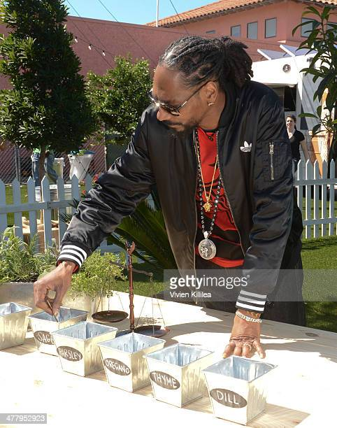 Snoop Dogg attends Airbnb Snoop Dogg Wake And Bake Event At SXSW on March 11 2014 in Austin Texas