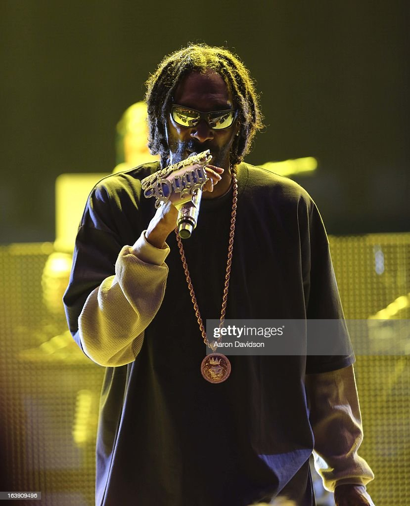 Snoop Dogg peforms at Ultra Musci Festival - Weekend 1 at Bayfront Park Amphitheater on March 17, 2013 in Miami, Florida.