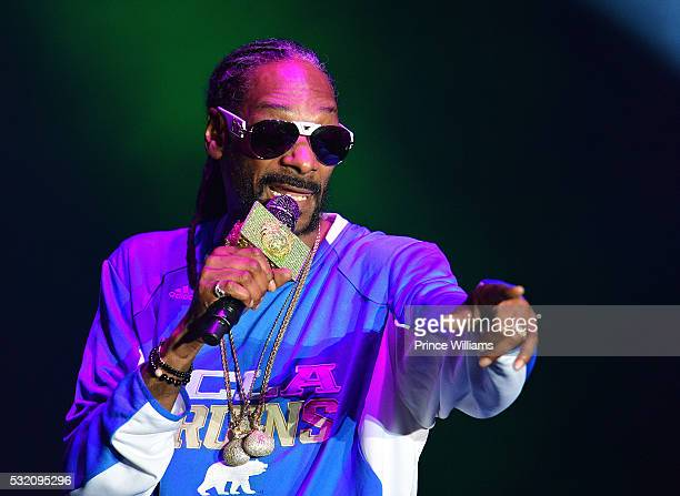Snoop Dogg Performs at the Atlanta Funk Fest 2016 at Central Park Place on May 13 2016 in Atlanta Georgia